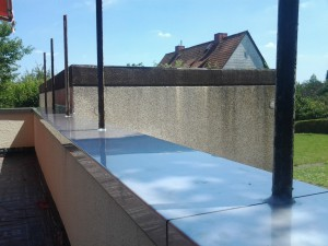 Balkonabdeckung von Dachdeckerunternehmen SE Bedachung